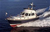 Powerboats - motor yachts - houseboat for rent - regions
